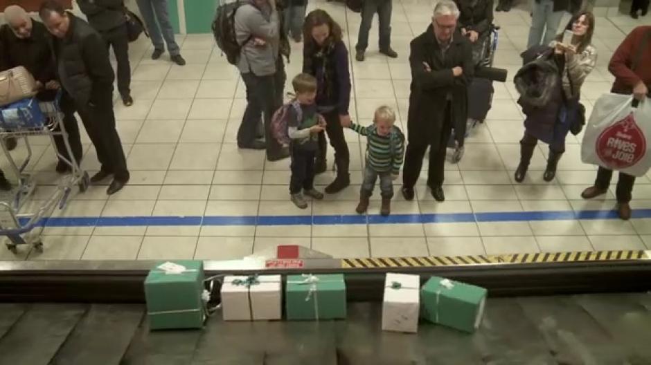 YouTube-Hit: Fluggesellschaft überrascht Passagiere mit ...