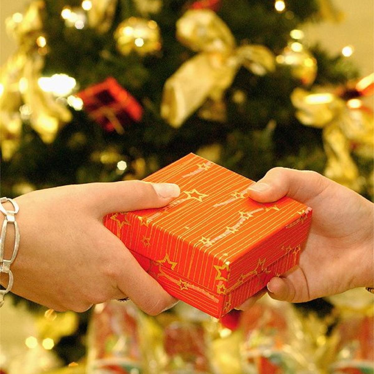 Weihnachtsgeschenke: Weihnachtsgeschenke umtauschen: Diese Rechte ...