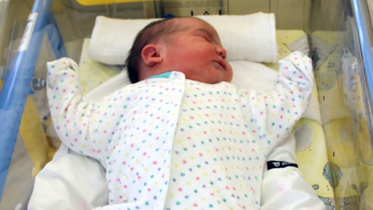 brandenburg schwere geburt frau bringt sechs kilo baby auf die welt promis kurioses tv. Black Bedroom Furniture Sets. Home Design Ideas