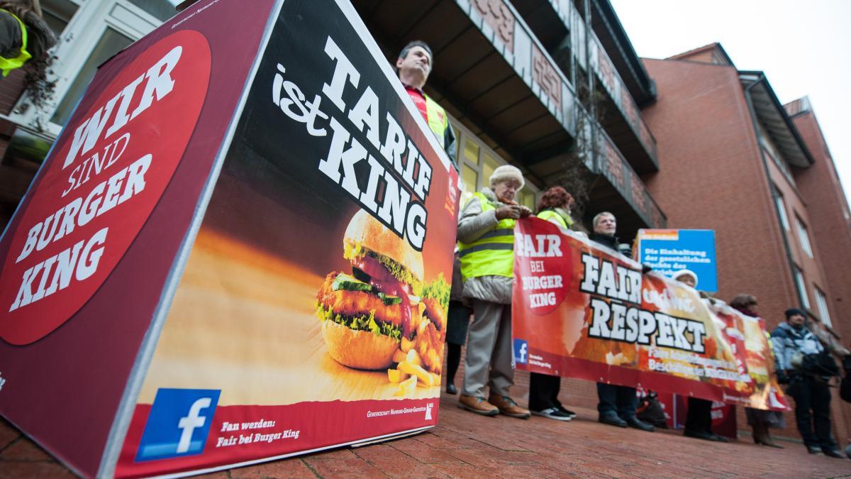 augsburg mitarbeiter k mpfen um job der gro e streit bei burger king lokales augsburg. Black Bedroom Furniture Sets. Home Design Ideas
