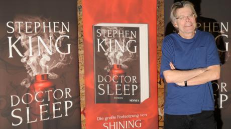 """Der """"Meister des Grauens"""": Mit zahlreichen Bestsellern gilt er als Virtuose des Horrors. Am Donnerstagabend zeigt VOX eine Doku über Stephen King."""
