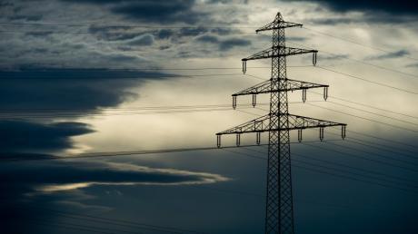 Ist nach den Äußerungen von Wirtschaftsministerin Ilse Aigner die Stromtrasse durch den Kreis Donau-Ries vom Tisch?