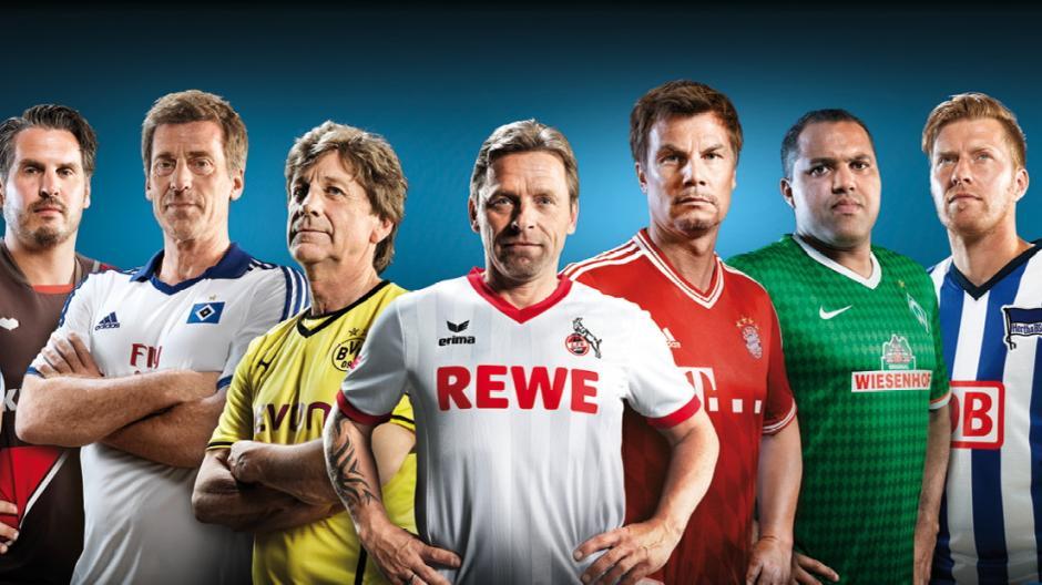 premium selection 952bc a0ba5 FC Augsburg: Trikot-Sponsoren: Was der FCA und andere Clubs ...