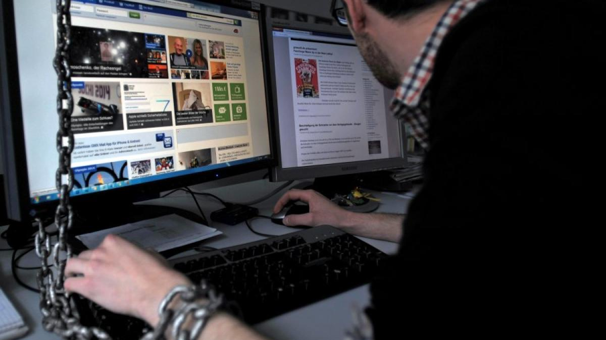 computersucht was tun wenn zocken und facebook zur sucht werden digital augsburger allgemeine. Black Bedroom Furniture Sets. Home Design Ideas