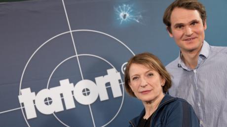 Die Schauspieler Dagmar Manzel als Hauptkommissarin Paula Ringelhahn und Fabian Hinrichs als Hauptkommissar Felix Voss spielen im Franken-«Tatort».