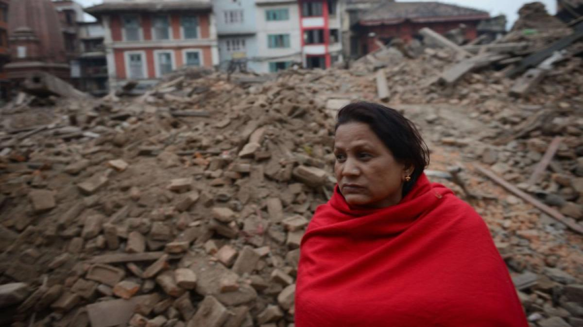 erdbeben in nepal humedica helfer aus kaufbeuren stecken auf dem weg fest promis kurioses. Black Bedroom Furniture Sets. Home Design Ideas