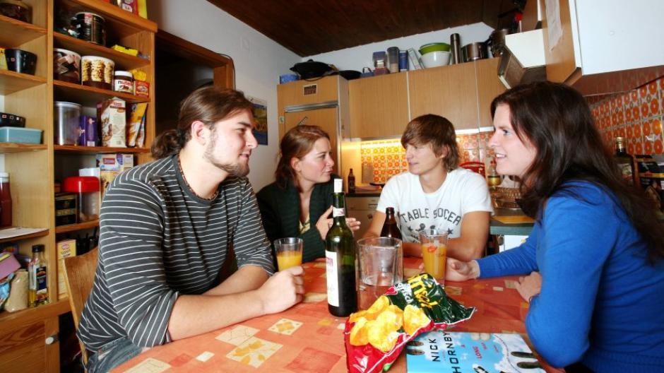 Wohngemeinschaft Gemeinsam Wohnen Alles Zum Mietrecht In Einer Wg