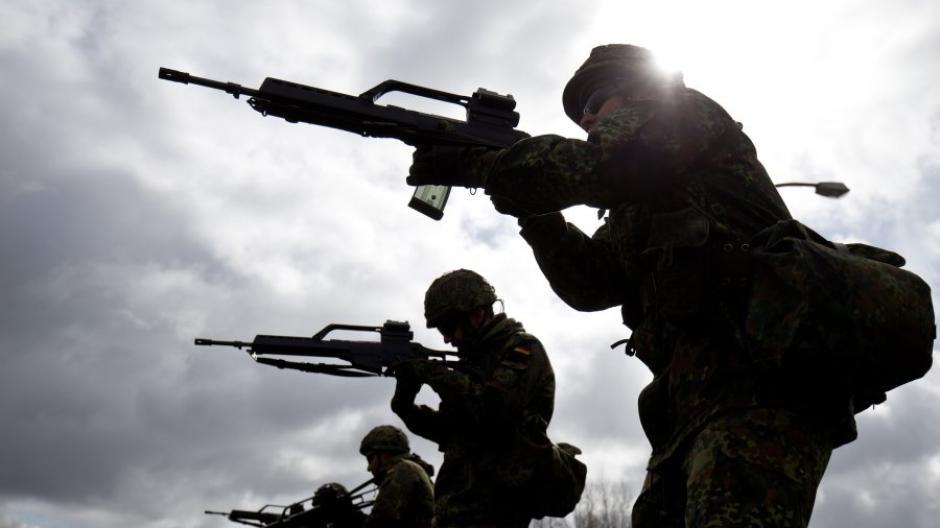 Mittenwald 18 Soldaten In Biwak Von Blitz Verletzt Bundeswehr