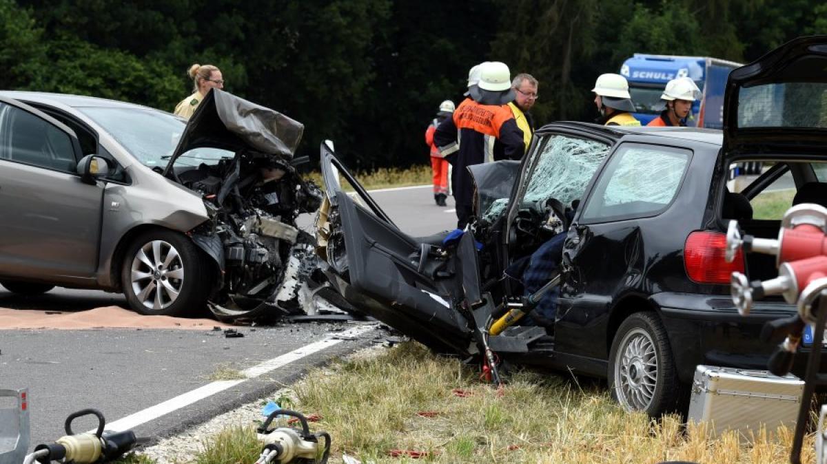 Großartig Autounfall Bericht Vorlage Zeitgenössisch - Beispiel ...