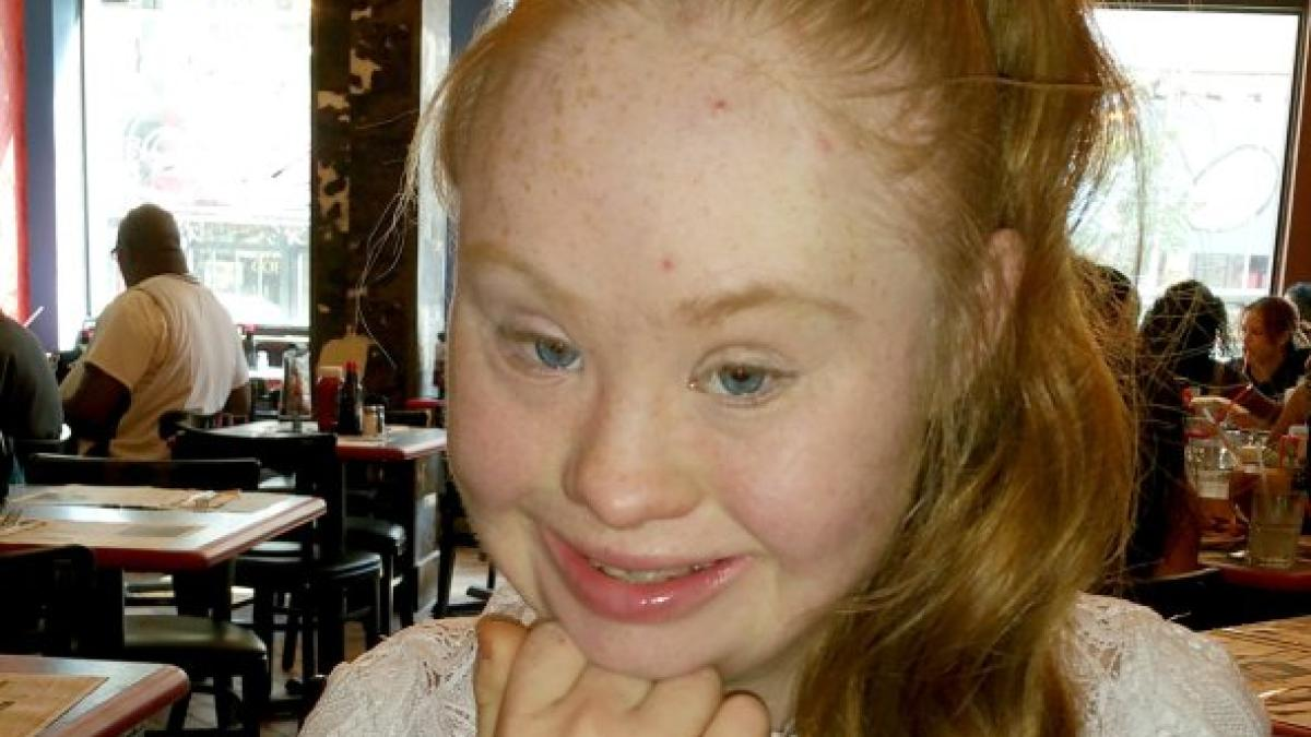 madeline stuart  model mit down-syndrom l u00e4uft bei der new york fashion week