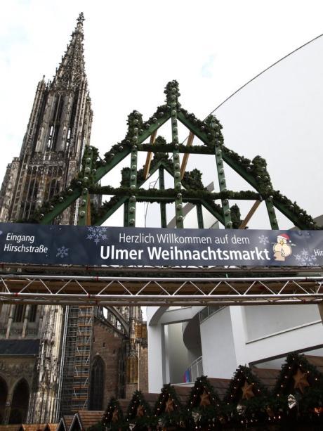 Münster Weihnachtsmarkt öffnungszeiten.Ulm Ulm Weihnachtsmarkt Am Münster 2017 Weihnachtsmärkte