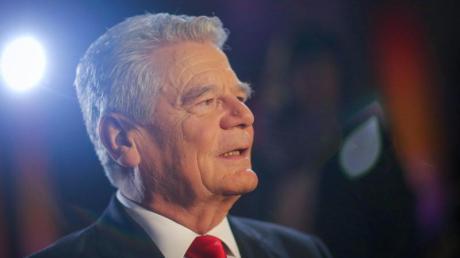 Bundespräsident Joachim Gauck bezeichnete den EM-Titel als «beeindruckenden Erfolg», über den sich das ganze Land freue. Foto: Fredrik von Erichsen/Archiv