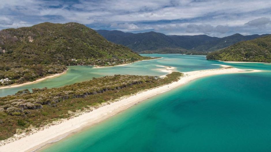 Neuseeland Wie Der Schonste Strand Der Welt Verkauft Wurde Promis