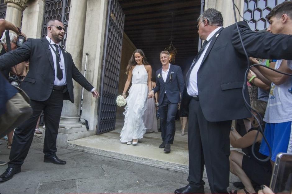 Bastian Schweinsteiger Und Ana Ivanovic Heiraten In Venedig Promis