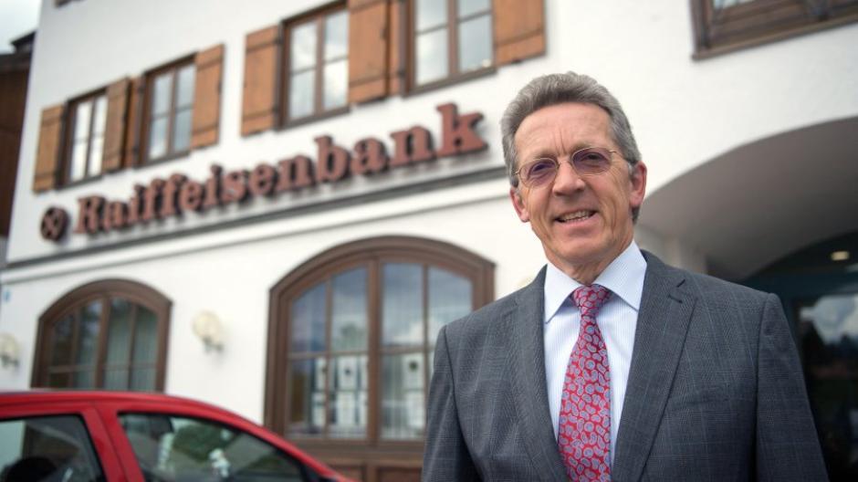Gmund Am Tegernsee Eine Raiffeisenbank Sorgt Mit Strafzinsen Fur