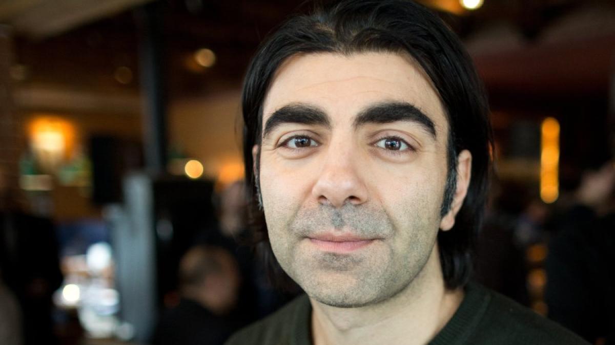 Bestseller Verfilmung Regisseur Fatih Akin Fühlt Sich Auch Ein