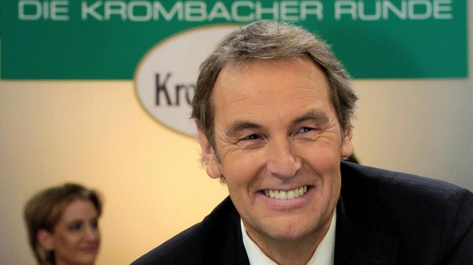 Tv Sportmoderator Jörg Wontorra Kehrt Zurück Show Bei Sky Sport