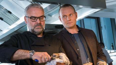 """Jean Carlinó (Jophi Ries) und Jens Stellbrink (Devid Striesow): Eine Szene aus dem Saarbrücken-Tatort """"Söhne und Väter"""", der als Wiederholung im Ersten lief."""