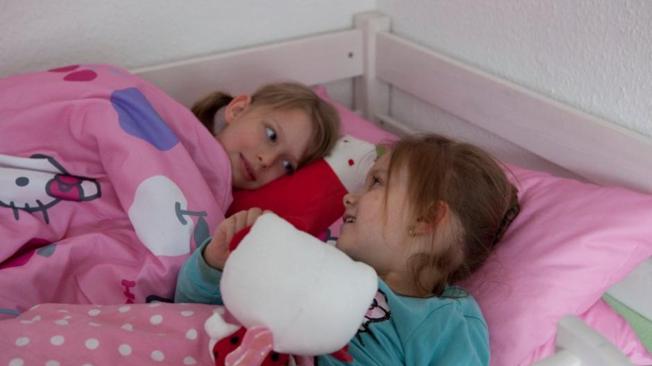 ab wann kind bei oma schlafen lassen