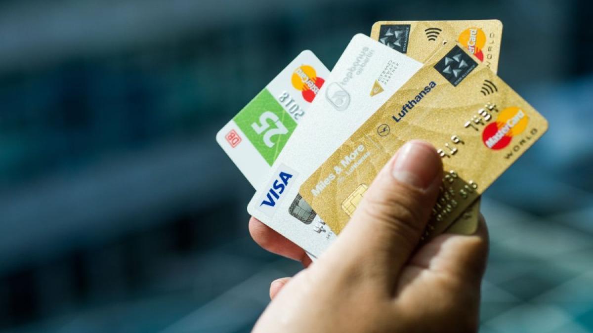 ikea co warum viele unternehmen kreditkarten anbieten geld leben augsburger allgemeine. Black Bedroom Furniture Sets. Home Design Ideas