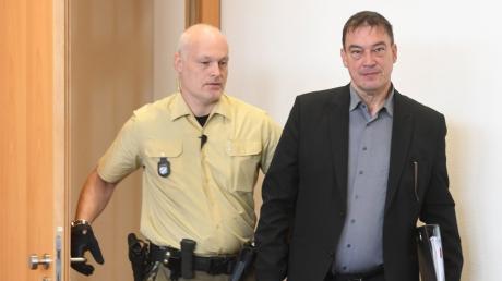 Linus Förster muss ins Gefängnis.