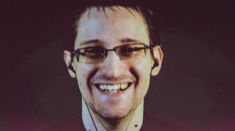 Der US-amerikanischer Whistleblower Edward Snowden ist ein prominenter Träger des Alternativen Nobelpreises. Foto: Ole Spata