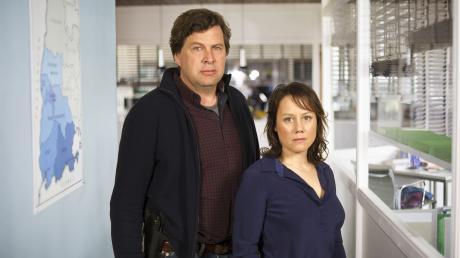 """Das ist das neue """"Tatort""""-Ermittlerduo Friedemann Berg (Hans-Jochen Wagner) und Franziska Tobler (Eva Löbau) im Schwarzwald-Tatort """"Goldbach""""."""
