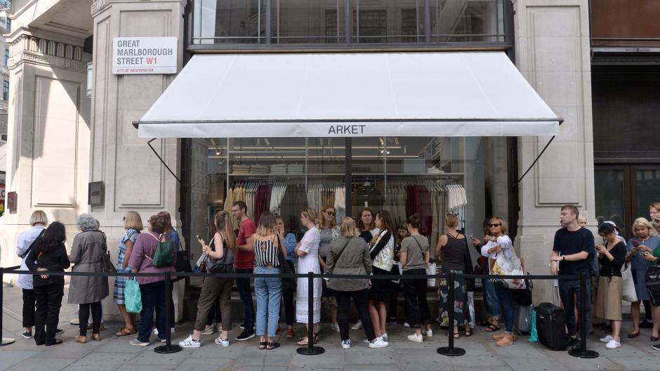Hm Ableger Heute Eröffnet Deutschlands Erster Arket Store In