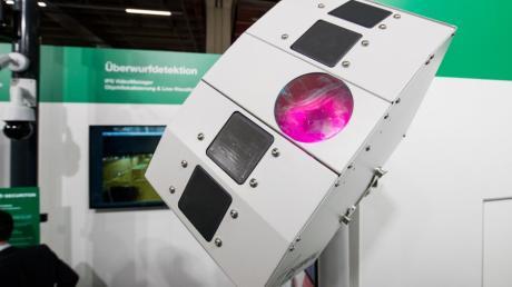 Ein Multi-Sensor zur Luftraumüberwachung und somit auch zur Abwehr von Drohnen.