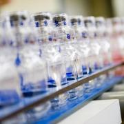 Produktion von Sicherheitsflaschen für die Dopingproben bei den Olympischen Spielen in Pyeongchang. Foto: Berlinger & Co. Ag