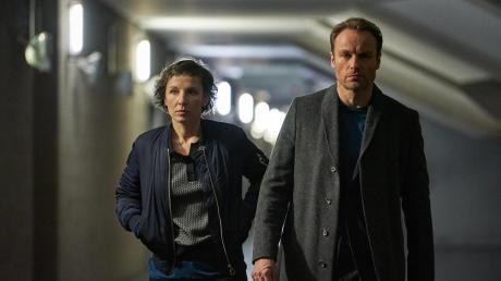 """Der Tatort """"Meta"""" mit Meret Becker und Mark Waschke in den Hauptrollen lief am Sonntag, 18. Februar 2018. Hier Handlung und Kritik."""