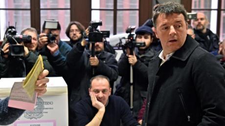 Matteo Renzi hatte einen Neuanfang versprochen. Ihm gelang es aber nicht, seine zerstrittene Partei zusammenzuhalten.