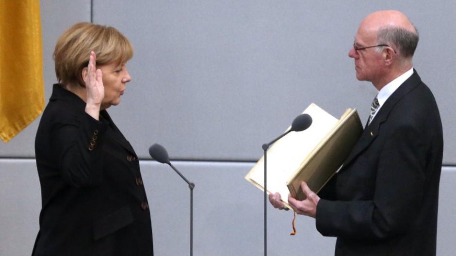Wahl: Bundestag wählt Merkel erneut zur Kanzlerin - Politik ...