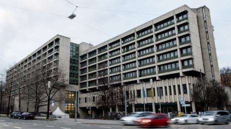 Das Gerichtsgebäude, in dem unter anderem das Amtsgericht, das Landgericht I und II in München untergebracht sind.