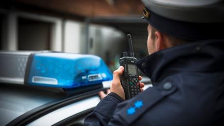 Die Polizei hat gegen sieben mutmaßliche Drogendealer aus dem Raum Heidenheim/Giengen Haftbefehl erlassen.