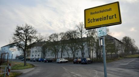 Die Polizei hatte in Schweinfurt Chemikalien in einer Sozialunterkunft entdeckt, die für den Bau von Rohrbomben geeignet gewesen wären.