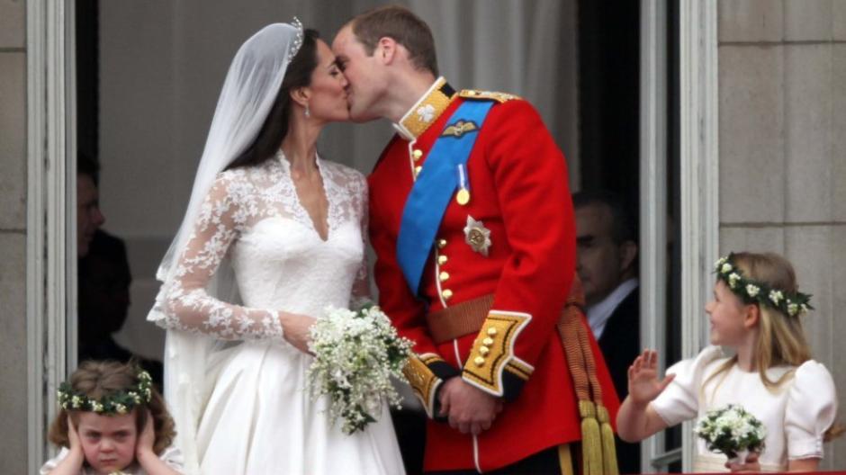 Hochzeit Krauter Im Brautstrauss Sind Symbole Fur Treue Und Gluck