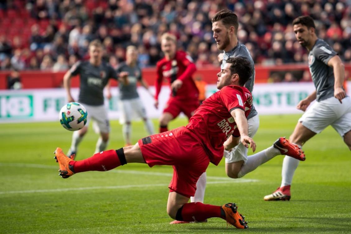 0:0 - FCA erkämpft sich einen Punkt in Leverkusen