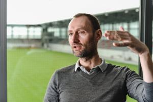 FC Bayern-Nachwuchschef Sauer: Wollen in die Top 5 in Europa