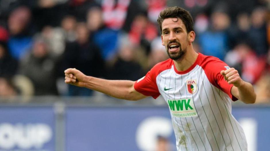 Rani Khedira spielt in der Bundesliga für den FC Augsburg. Foto: Matthias Balk