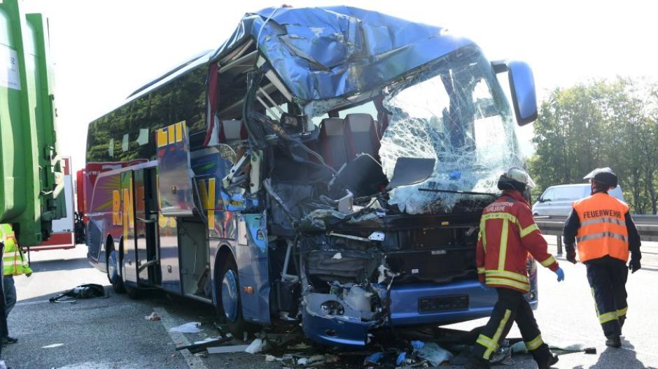 Baden Württemberg Senioren Aus Bayern Verunglücken Mit Bus