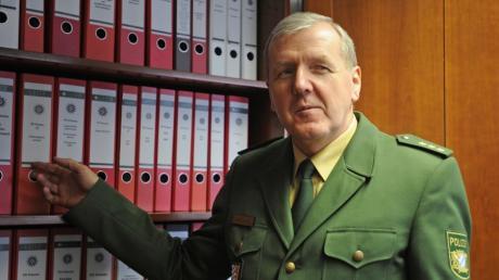Alois Mannichl geht in den Ruhestand. Der Polizist war 2008 vor seinem Haus niedergestochen worden.