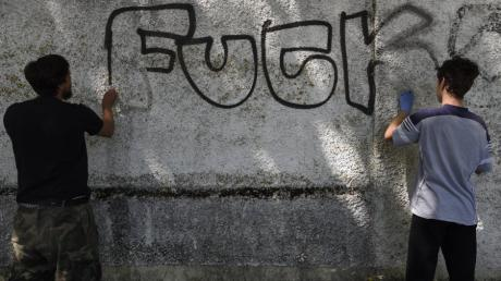 Graffiti Die Brücke