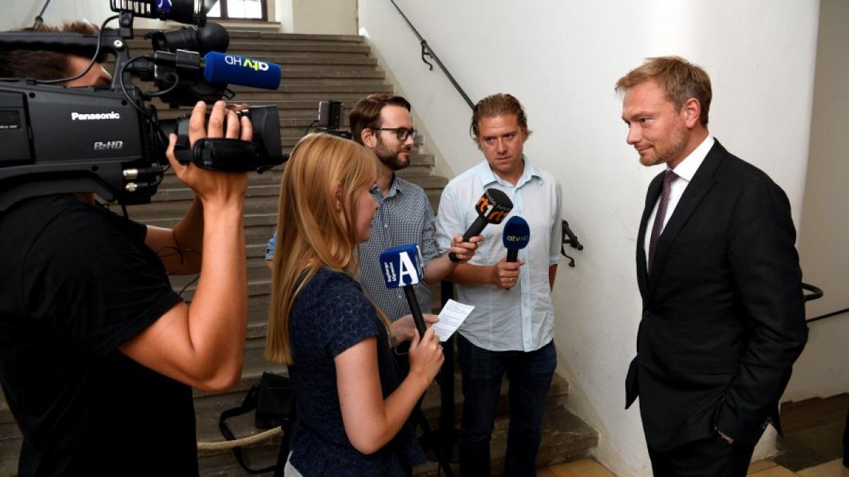christian lindner  u00fcber seehofer  trump - und seinen jagdschein - video