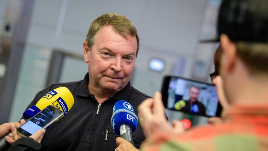 Lifeline-Kapitän Reisch trifft in München ein
