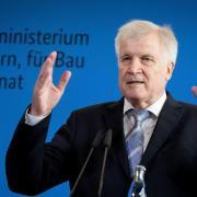 Innenminister Horst Seehofer hatte Klarheit über die Machbarkeit solcher Absprachen angekündigt. Nun scheinen die Verhandlungen mit Spanien abgeschlossen zu sein. Foto: Kay Nietfeld