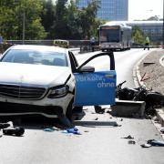 MAN-Brücke nach schwerem Unfall gesperrt