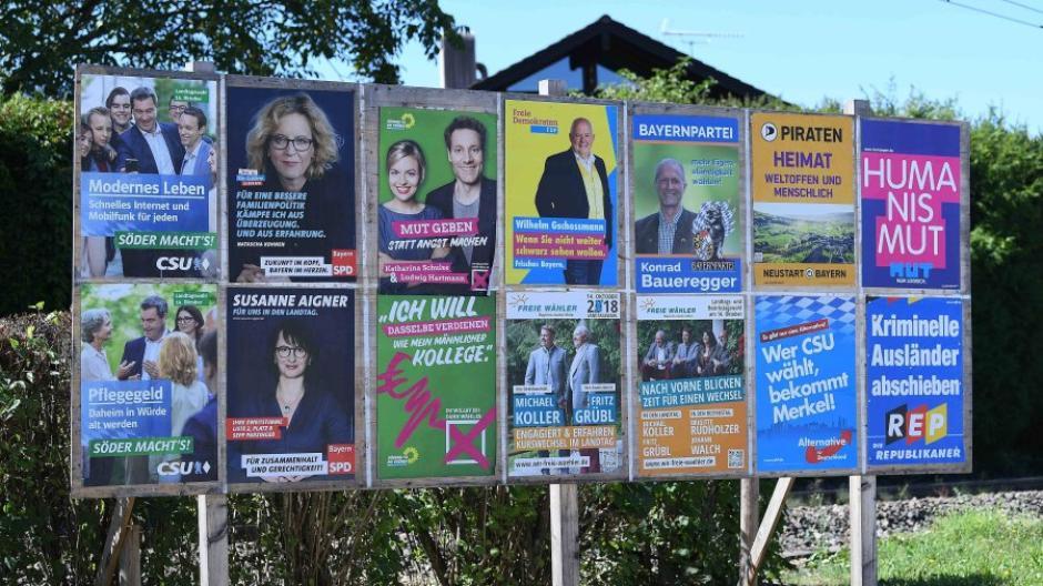 imago 85428263 Wahlplakate Landtagswahl in Bayern 2018 am 12 09 2018 im Berchtesgadener Land Wahlplakate der Par