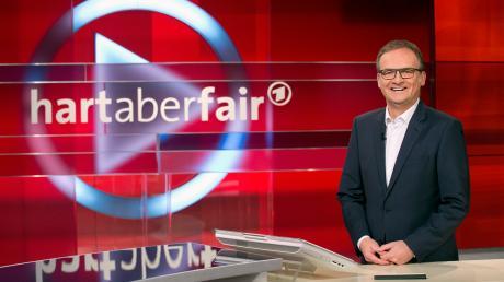 "Frank Plasberg ist Talkmaster der Sendung ""Hart aber fair""."