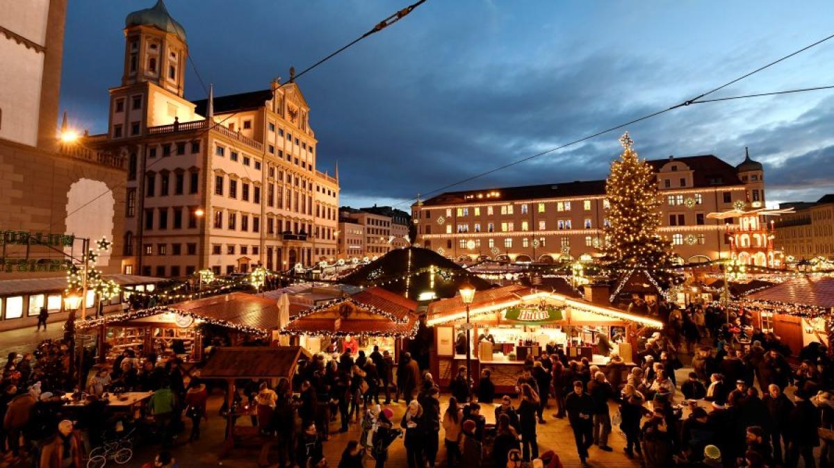 Weihnachtsmarkt Oberammergau.Weihnachtsmärkte Augsburger Christkindlesmarkt 2018 Programm Und